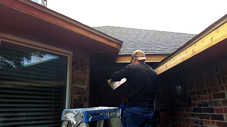 Exterior house trim repair and painting Dallas, Texas